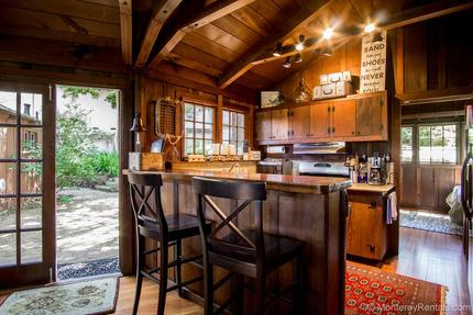 Kitchen - Hillside Terrace, Del Monte Park